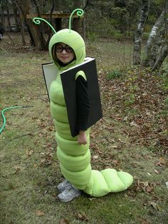Cute Halloween costumes for kids Book Costumes, World Book Day Costumes, Diy Costumes, Costume Ideas, Diy Halloween Costumes For Kids, Couple Halloween, Happy Halloween, Halloween Stuff, Halloween Crafts
