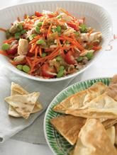 This tuna edamame salad is a quick delicious option that is full of fresh ingredients! A great summer meal! #itssoygood