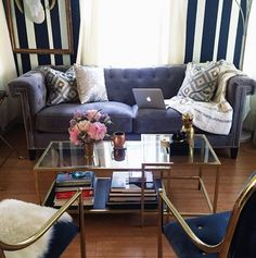 Blogger @lateafternoon is in love with her new Charleston Sofa!