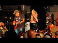 """Lauren Alaina sings her new song  """"Road Less Traveled"""" at the 2015 CMA Fest ~ Silver Dollar Saloon, Nashville, Tennessee (June 14, 2015)"""
