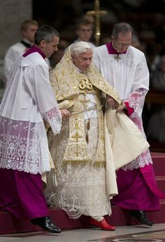 Pope Benedict XVI prepares for his New Year's Eve vespers
