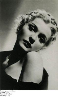 Киноактриса Анна Стен, Голливуд, 1932 г.
