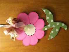 Wooden flower door hanger