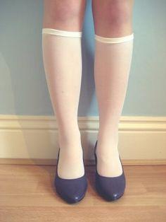 Sadie's Wardrobe: Vintage shoes and knee high socks