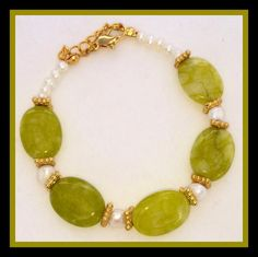 Green Stone & Fresh Water Pearl Bracelet