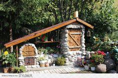 Grill i wędzarnia Outdoor Life, Outdoor Rooms, Outdoor Gardens, Outdoor Living, Backyard Smokers, Outdoor Smoker, Backyard Kitchen, Backyard Patio, Backyard Landscaping