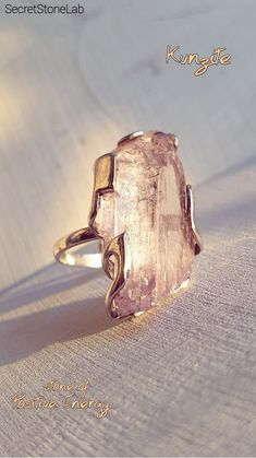 This ring is made up from awesome natural (not unheated/untreated/not colored) uncut lovely kunzite!) So unique pink huge crystal -it's really one of a kind piece!) Kyanite is an excellent stone for meditation and attunement. Diamond Jewelry, Gemstone Jewelry, Jewelry Rings, Silver Jewelry, Jewelry Accessories, Jewelry Design, Raw Crystal Jewelry, Silver Earrings, Raw Stone Jewelry