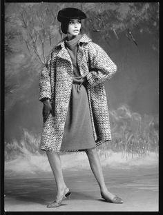 Christian Dior A/H 1964-65. Photo Louis-Roger Astre.