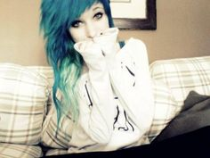Scene girls  CAN EVERYONE PLEASE STOP BEING PRETTIER THAN ME?!