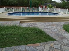 Having a pool sounds awesome especially if you are working with the best backyard pool landscaping ideas there is. How you design a proper backyard with a pool matters. Above Ground Pool Decks, Above Ground Swimming Pools, In Ground Pools, Gaudi, Oberirdischer Pool, Oasis Pool, Semi Inground Pools, Piscine Diy, Backyard Pool Landscaping