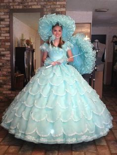 I've just got to get a dress like this,fabulous,I could wear it down the pub,giggling,