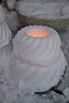 Rebeccas DIY: DIY: Baka en snölykta Frozen, Crafts For Girls, Country Christmas, Lanterns, Candle Holders, Candles, Winter Ideas, Outdoor, Food