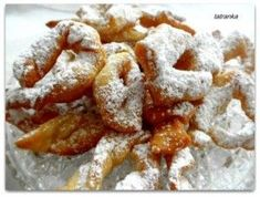 Fanky - Slovak doughnuts made during the carnival season Slovakian Food, Slovak Recipes, Onion Rings, Sweet Life, Doughnuts, Ale, Waffles, Bakery, Yummy Food