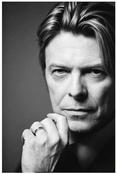 David Bowie : Hotter than ever!!
