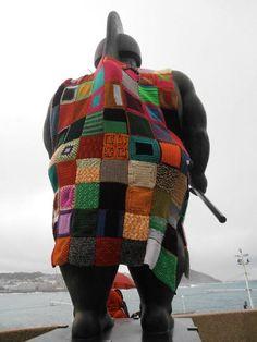 El guerrero romano de Botero en la Domus de A Coruña, Galicia (España).