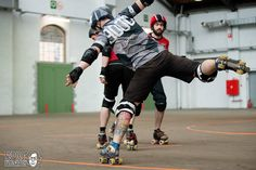 Manneken Beasts think to stop derby for artistic Roller skating  our new coach Animal made a demo At our last bout. #brussels #merby #mensrollerderby #rollerderby #artisticrollerskating #nsp189 by mannekenbeasts
