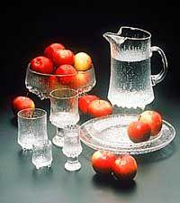 Tapio Wirkkala - Ultima Thule Late 20th Century, Mid Century House, Marimekko, Mid Century Design, Glass Design, Fun Drinks, Scandinavian Design, Interior And Exterior, Glass Art