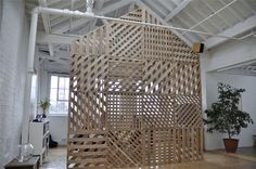 PD3 Space - www.richardshed.com Great room divider from pallets