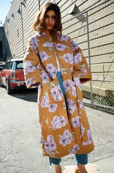 Rachel Antonoff Louie Quilted Robe in Venti Floral Streetstyle Blogger, Inspiration Mode, Street Style, Winter Trends, Mode Outfits, Mode Style, Get Dressed, Coats For Women, Mantel
