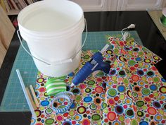 DIY: Paint Bucket Waste Can