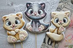 Cat Cookies, Easter Cookies, Cupcake Cookies, Cupcakes, Sugar Cookie Icing, Sugar Cookies, Gingerbread Icing, Animal Cookie Cutters, Cookie Designs
