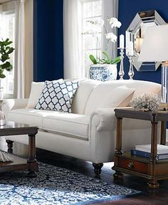 Love the contrast between the crisp white and the deep blue for a classic, fresh look!
