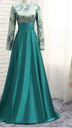 The long-sleeved dress of the Muslim green satin #prom #promdress #dress #eveningdress #evening #fashion #love #shopping #art #dress #women #mermaid #SEXY #SexyGirl #PromDresses