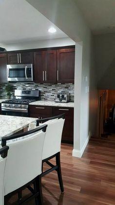 30 Cozy Kitchen Nook You Will Definitely Want To Try ~ Gorgeous House Backsplash Kitchen White Cabinets, Farmhouse Kitchen Cabinets, Cozy Kitchen, Kitchen Redo, Home Decor Kitchen, New Kitchen, Home Kitchens, Kitchen Remodel, Kitchen Dining