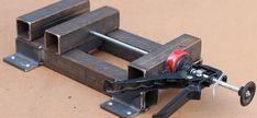 Welding Art Projects, Woodworking Projects Diy, Woodworking Tools, Homemade Tools, Diy Tools, Sheet Metal Work, Metal Bender, Floor Molding, Metal Plant Stand