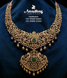 Closed setting peacock diamond necklace