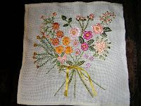 Napkins, Embroidered Cushions, Nosegay, Embroidery Stitches, Bias Tape, Cross Stitch, Beauty, Towels, Napkin