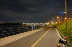 Seoul Han River Night Tour by Bike Enjoy Seoul's night view on two wheels. This bustling city during the day offers breathtakingviews at night. Join this 3.5 hour tour and ride along the Han River for about 20km, crossing Yanghwa and Banpo Bridgeto appreciate the beauty of the city.A local bike tour guide will pick you up at exit #1 of Hongik University Subway station at 6:30pm and you will transfer to Yanghwajin Han River Park by van.After arriving at the park, your tourgu...