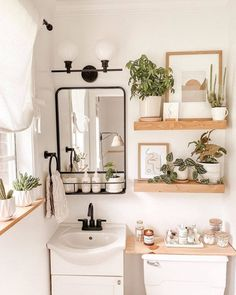 What if your bathroom could be a luxurious sanctuary, with smart storage and expensive-looking decor? We're convinced the dream can be reality. Boho Bathroom, Chic Bathrooms, Simple Bathroom, Shiplap Bathroom, White Bathroom, Master Bathroom, Bathroom Inspo, Plants In Bathroom, Diy Bathroom Ideas