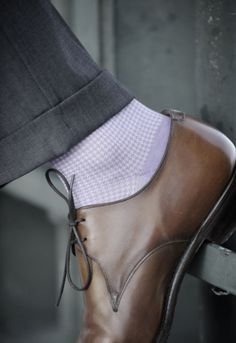 brown dress shoes / more socks! / men's style