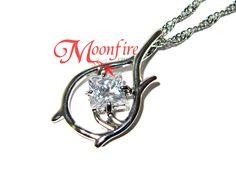 THE RING FELLOWSHIP Elf Ranger Crystal Pendant Necklace