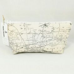 Get this Airplane Toiletry for a Travel lover!   Back in stock at: http://ift.tt/1LMhqo9  #cosmeticpouch #toiletrybag #map #etsy #etsyshop #fireboltcreations #vacation #adventure #traveler #etsyseller #airplane #shoplocal #maker #flight #aviation #airforce #makeup #nautical #makeupbag #gift #giftideas #gifts #handmade #tuesday #zipperbag #zipperpouch #worldmap #graphic #travel #travelgift