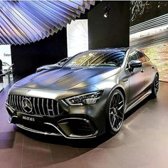 The new Mercedes-AMG GT 63 S 4MATIC + Edition 1: Even more individual flair for the AMG GT 4-Door Coupé. To mark the launch of the new AMG GT 4-Door Coupé in September 2018, Mercedes-AMG will be offering an Edition 1 model for a limited period of 12 months only. By emphasising the sporty aspects of the exterior and reinforcing the high-quality finish of the interior, this model offers even more exclusivity and distinctive appeal. The AMG Aerodynamics Package and the foil applications…