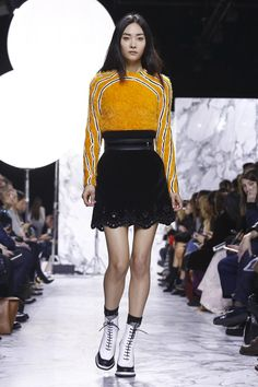 Carven Fashion Show Ready To Wear Collection Fall Winter 2016 in Paris