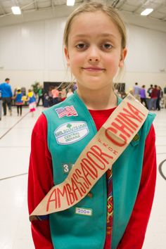 Be Miss America. Be a Lookout, complete with Basilisk Slayer badge. Be the Ambassador from China Girl Scout Troop, Brownie Girl Scouts, Crafts For Girls, Diy For Kids, Gs World, How To Make Cornbread, Girl Scout Juniors, World Thinking Day, Green Craft