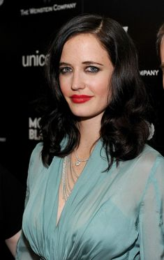 Celebrities Pictures Index: Eva Green - Montblanc Charity Cocktail (West Holly. Eva Green Penny Dreadful, Actress Eva Green, Green Photo, French Beauty, French Actress, Celebrity Pictures, Celebrity Women, Celebs, Celebrities