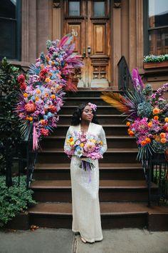 Back Garden Wedding, Home Wedding, Dream Wedding, Wedding Shit, Green Wedding Shoes, Wedding Colors, Bright Color Wedding, Floral Wedding, Bridal Looks