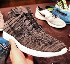 Closer look: NIKE FLYKNIT CHUKKA HTM