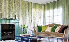 #excll #дизайнинтерьера #решения Столовая — это очень просторная и светлая комната, заполненная, в основном, мебелью и декором белого цвета на фоне которого ярко выделяется сцена из Среднего Востока — бесспорный акцент интерьера.