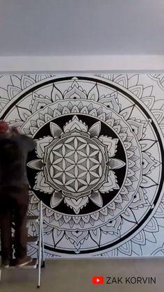 Mandala Art Lesson, Mandala Artwork, Mandala Painting, Mandala Drawing, Sacred Geometry Patterns, Sacred Geometry Art, Murals Street Art, Mural Art, Stone Art Painting