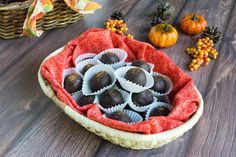 No Bake Low Carb Chocolate Pumpkin Truffles