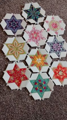 Star of David quilt pattern. The fussy cut is beautiful. I like the color choices as well.