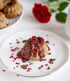 Minion, Healthy Life, Cupcake, Instagram, Healthy Living, Cupcakes, Minions, Cupcake Cakes, Cup Cakes