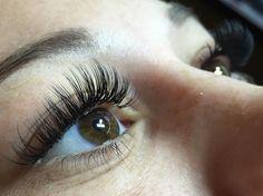 Full Set of C Curl Classic Eyelash Extensions - http://maggslashes.com #eyelashextensions