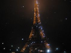 a shot i took of the eiffel tower!