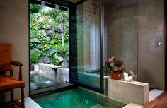 Garden + bathtub